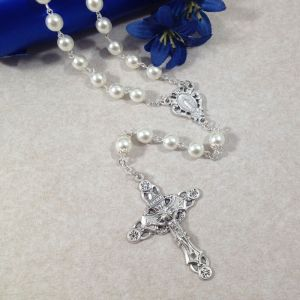 ACM46 8mm White Pearl Rosary