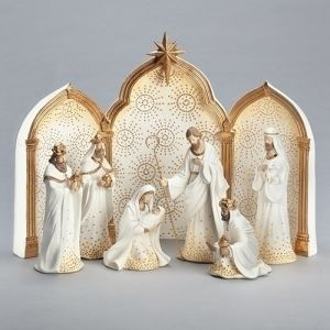 9pc Nativity wiith Creche